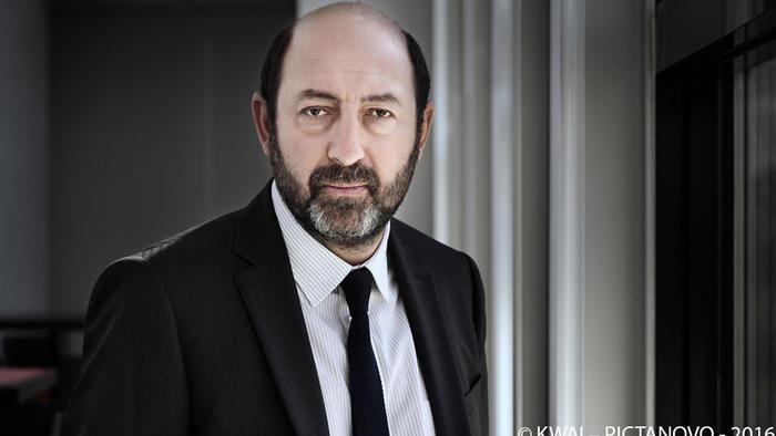 Kad Merad Philippe Rickwaert Baron Noir Cast bei SONY CHANNEL