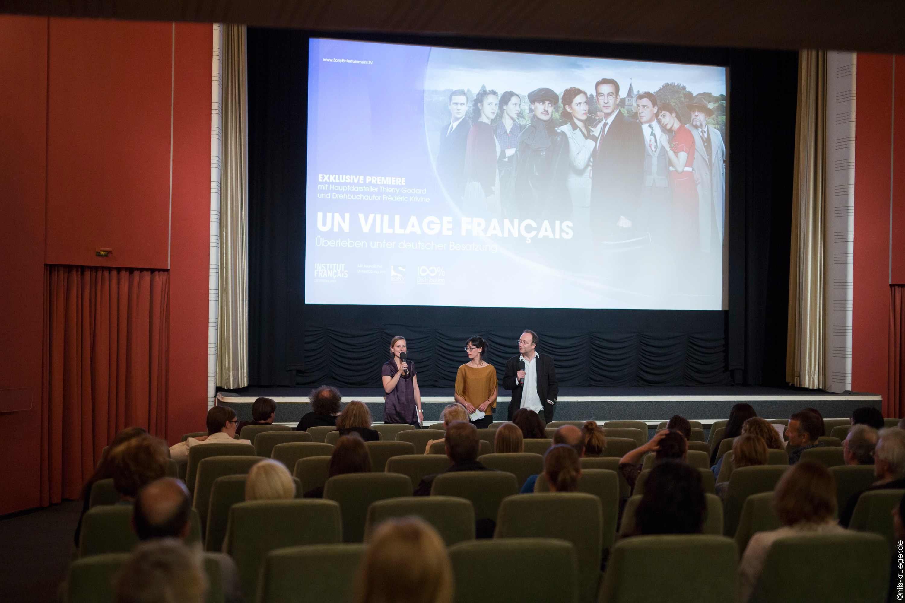 un-village-francais-screening6