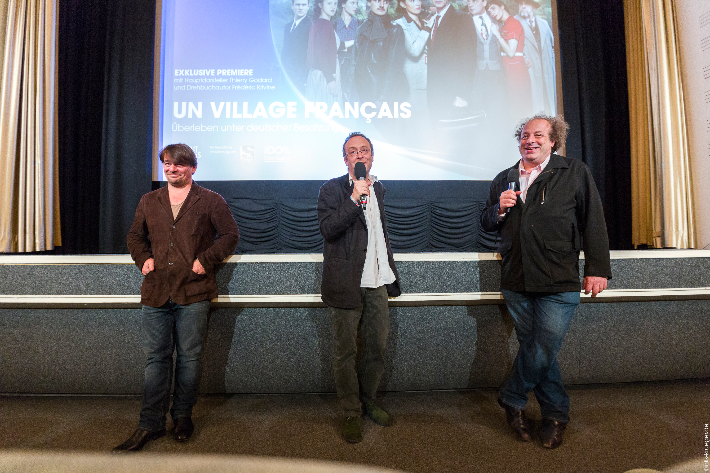 un-village-francais-screening8